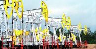 Нефтекачалки. Архивное фото