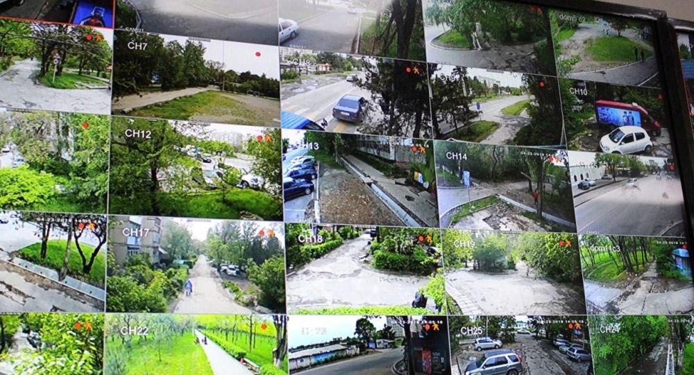 Бишкектеги №6 кичирайондо Коопсуз кичирайон долбоору ишке киргенин мэрия билдирди