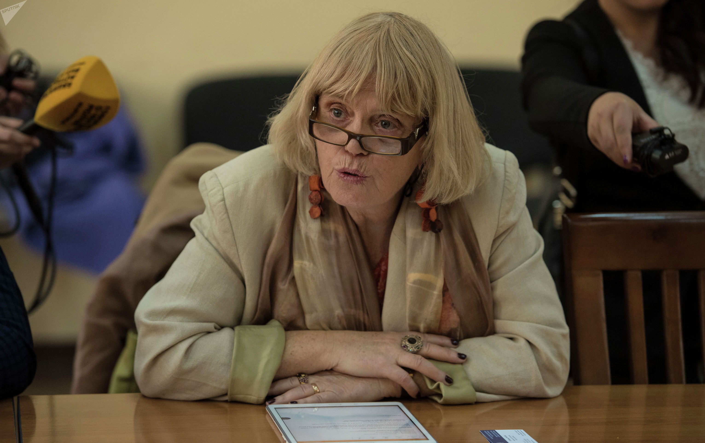 Региональный директор французского Института Исследований по Центральной Азии Катрин Пужоль