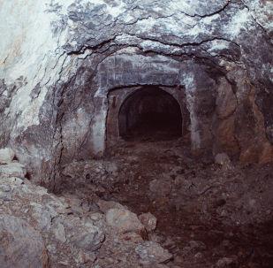 Майлуу-Суудагы уран шахтасы. Архивдик сүрөт