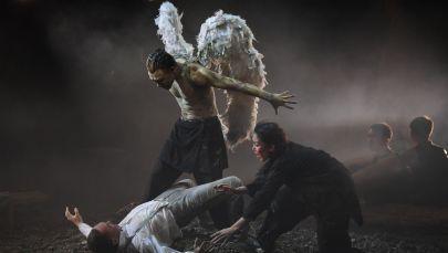 Сцена из спектакля Демон. Архивное фото