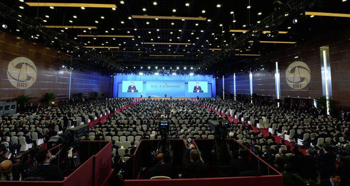 Президент КР Сооронбай Жээнбеков сегодня, 26 апреля, принял участие в церемонии открытия второго форума Один пояс — один путь в Пекине (Китай)