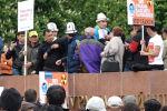 Жээнбеков хотел выступить на митинге против добычи урана, но участники акции забрали у него микрофон и заявили политику, чтобы тот не пиарился на проблеме.