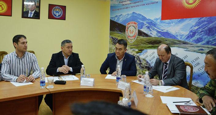 Председатель Госслужбы исполнения наказаний Кыргызстана Мелис Турганбаев 26 апреля 2019 года встретился с новым составом общественного совета ведомства