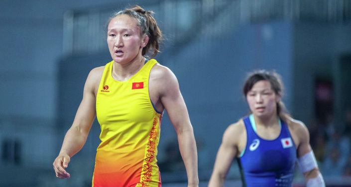 Борец из Кыргызстана Айсулуу Тыныбекова на чемпионате Азии в Сиане