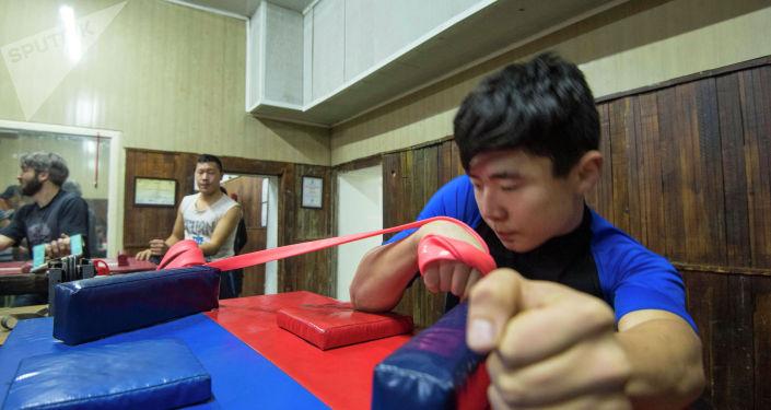 Тренировки ребят с ОВЗ в зале Олега Алчинова