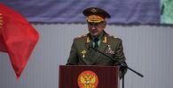 Министр обороны Российской Федерации Сергей Шойгу на церемонии передачи военной техники на авиационной базе ОДКБ в Канте.