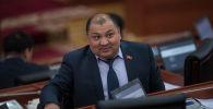 Депутат Жогорку Кенеша 6 созыва от фракции СДПК Кожобек Рыспаев во время заседания. Архивное фото
