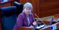 Дастан Жумабеков убакыт депутат сүйлөп жатканда гана кетерин эскертти.