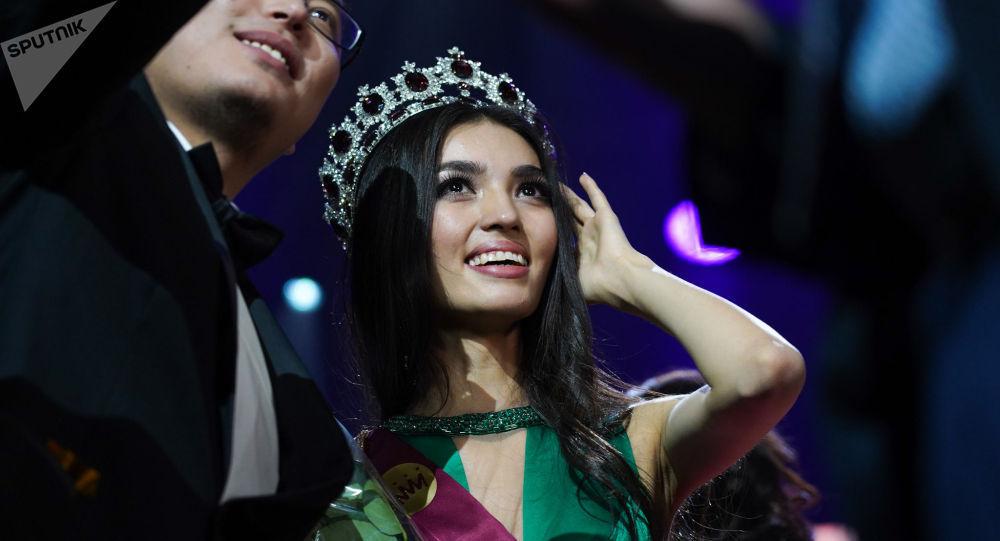 Победительницей национального конкурса Мисс Казахстан стала 19-летняя Мадина Батык из Павлодара