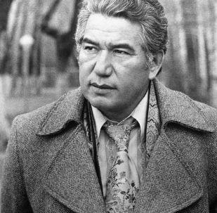 Великий писатель Чингиз Айтматов. Архивное фото