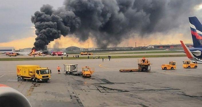 Москва — Мурманск каттамы менен багыт алып кырсыктаган Sukhoi Superjet 100 учагы