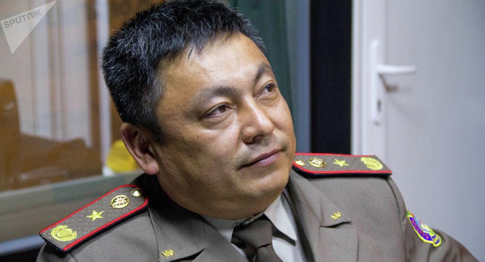 ӨКМдин өрттү өчүрүү жана алдын алуу башкармалыгынын башчысы, майор Равшанбек Аширбеков