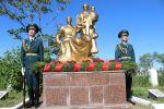 На братском кладбище Кызыл-Аскер в Бишкеке 6 мая состоялся митинг-реквием в память о воинах, погибших и пропавших без вести во время Великой Отечественной войны
