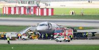 Обгоревший фюзеляж самолета компании. Архивное фото