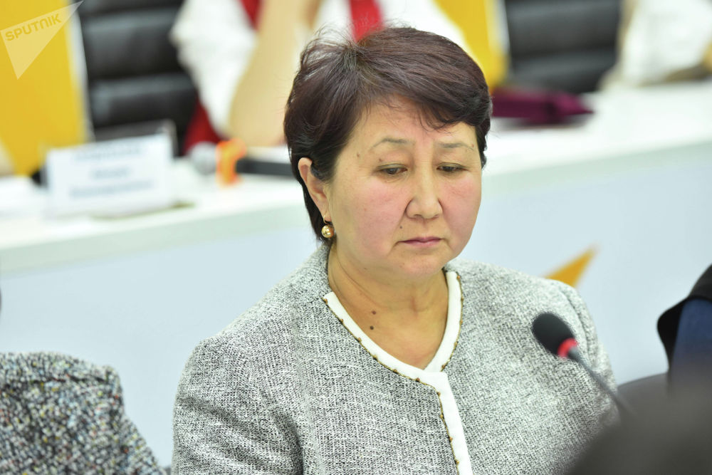 Действующий директор школы села Ленина Тамара Садыгалиева