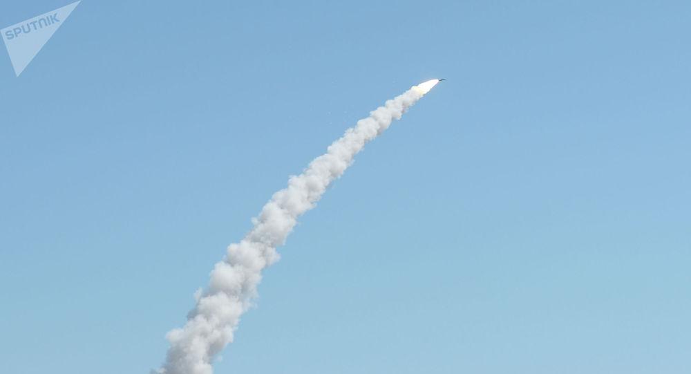 Запуск ракеты. Архивное фото