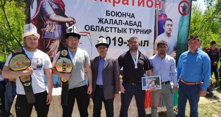 В Джалал-Абадской области состоялся турнир по панкратиону, посвященный памяти журналиста международного информационного агентства и радио Sputnik Кыргызстан Исмаила Мамытова