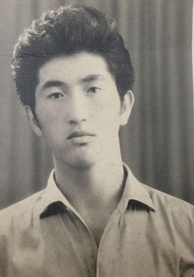 Кыргызский писатель-фантаст, поэт Беганас Сартов