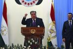 Президент Таджикистана Эмомали Рахмон (в центре). Архивное фото