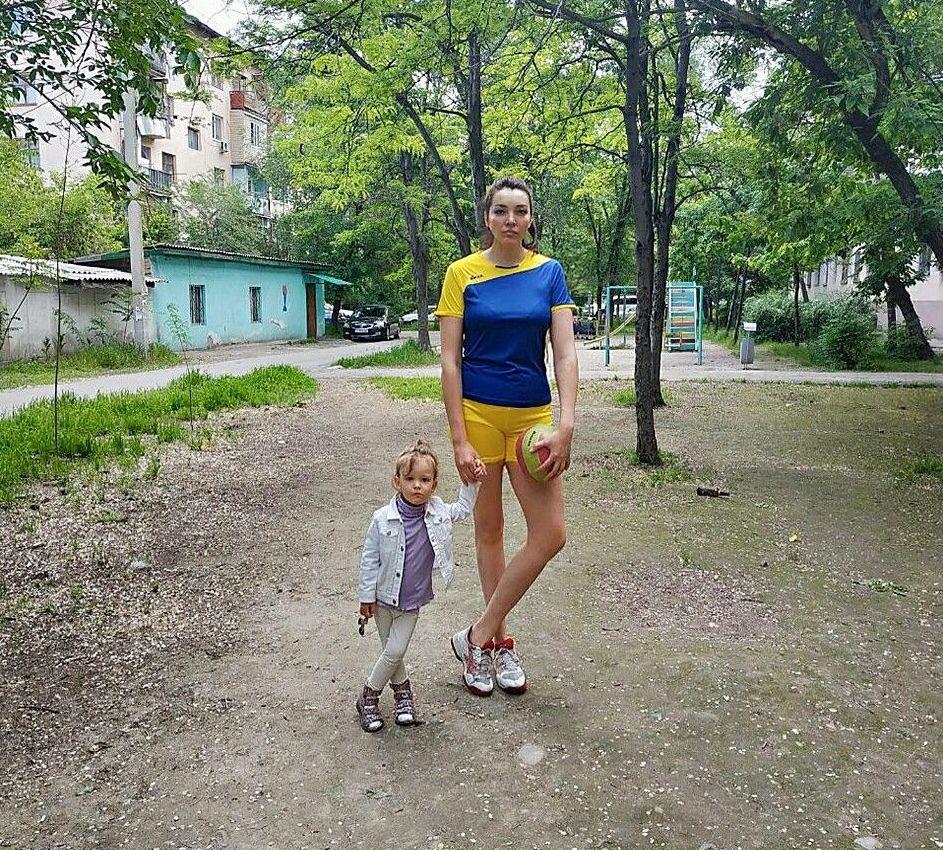 Волейболистка Элвира Нелина с ростом 1,91 метра