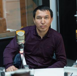 Белгилүү ырчы жана обончу Чубак Сатаевдин уулу Кубаныч Сатаев