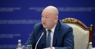Вице-премьер-министр КР Жениш Разаков на заседании Совета по судебной реформе