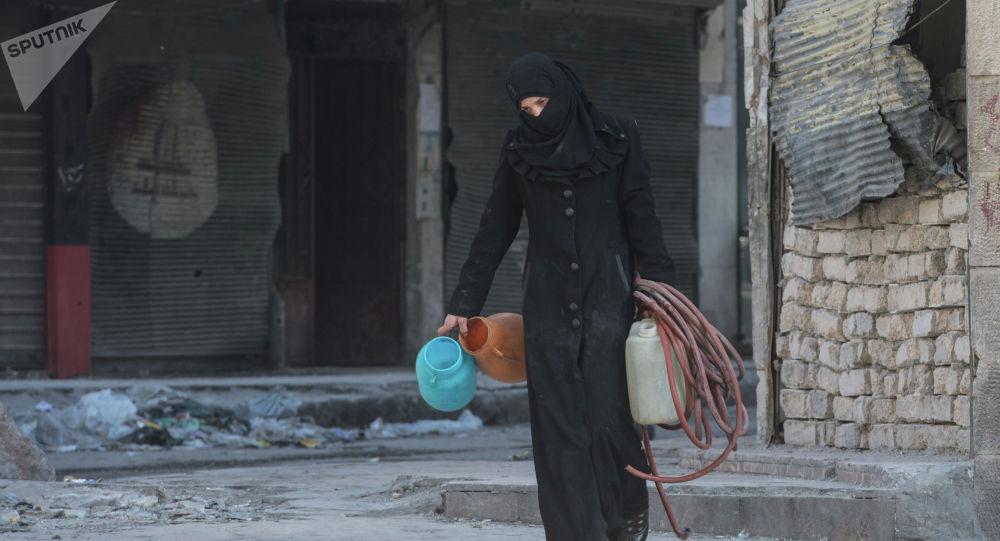 Сириядагы аял. Архивдик сүрөт