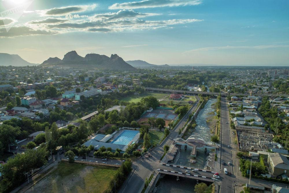 Река Ак-Буура в южной столице