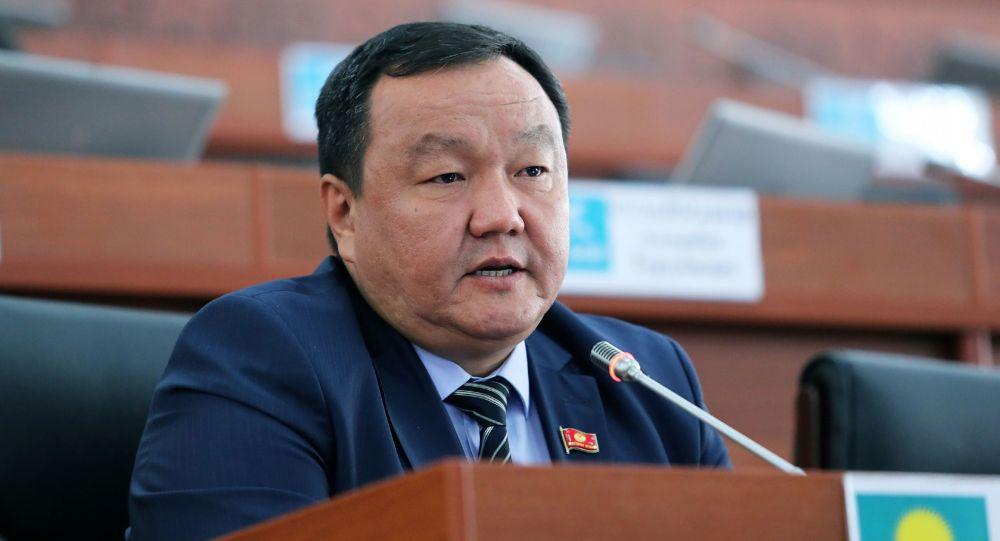 Депутат ЖК Айтмамат Назаров. Архивное фото