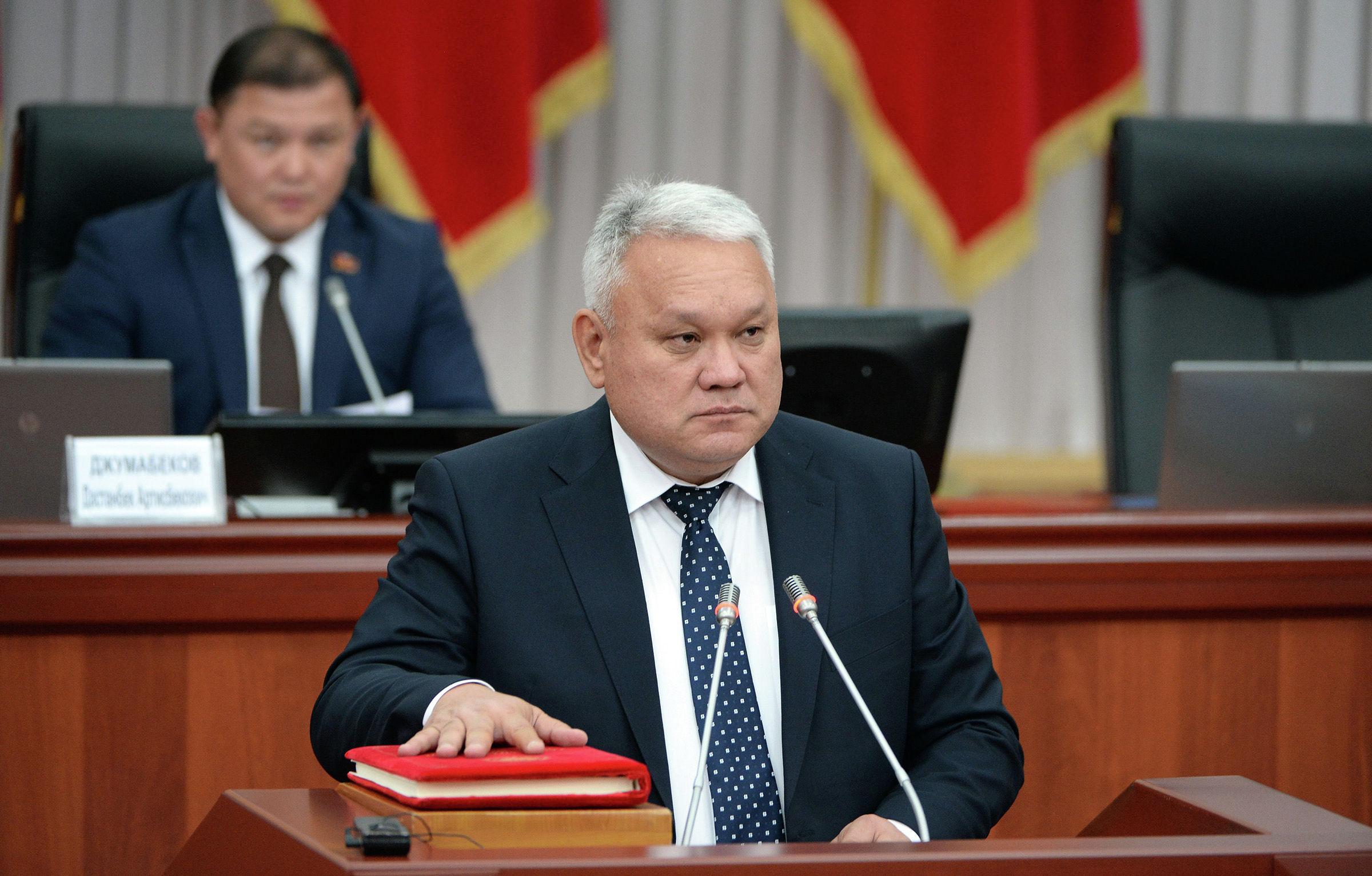 Бывший руководитель аппарата правительства Шамильбек Асымбеков