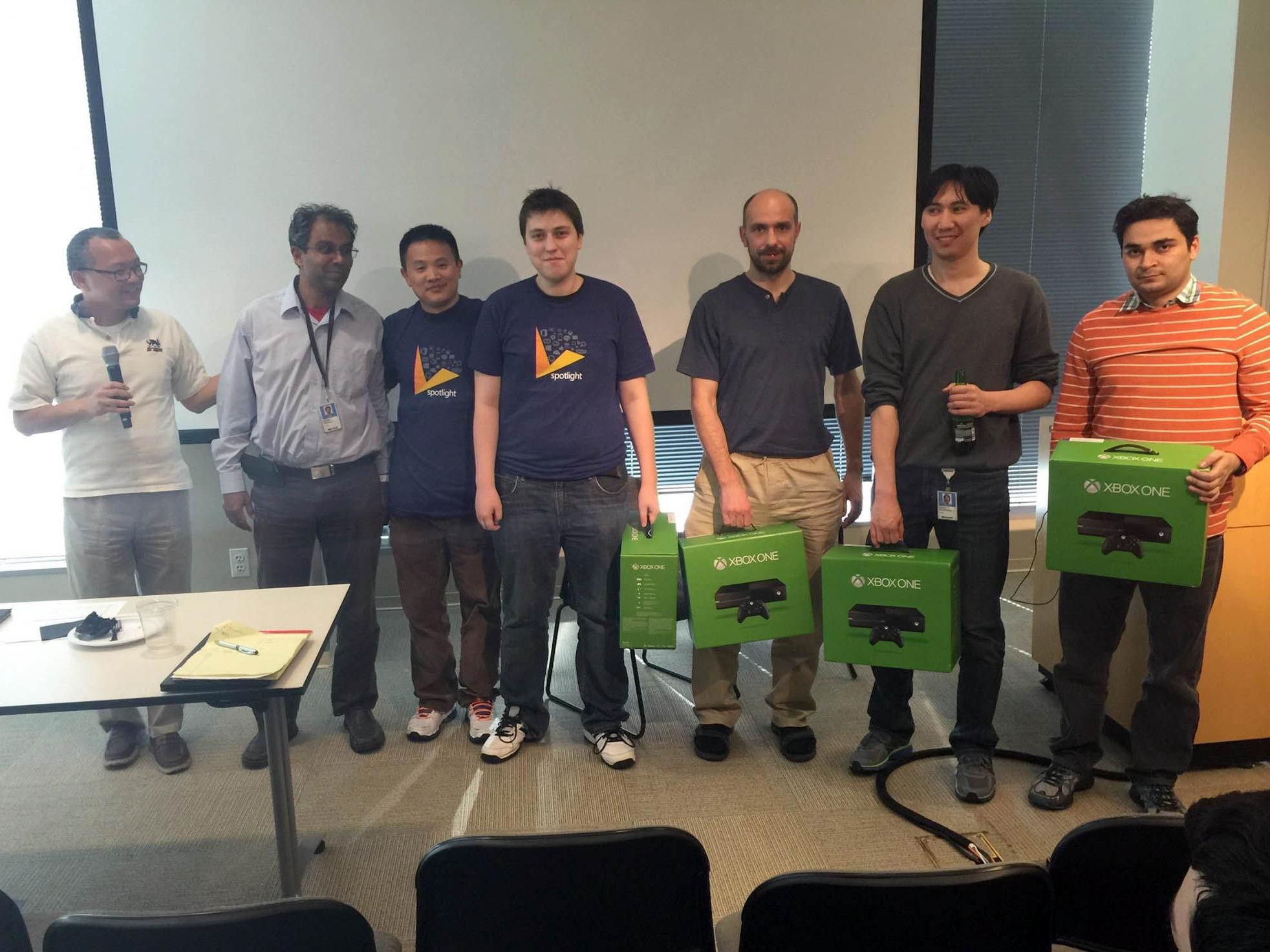Старший инженер в Microsoft Муса Кожомкулов с коллегами