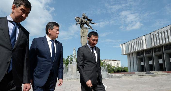 Президент Кыргызской Республики Сооронбай Жээнбеков посетил Кыргызскую национальную филармонию им. Т. Сатылганова.