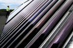 Коллекторы солнечной водонагревательной установки. Архивное фото