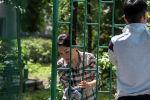 Редакция Sputnik Кыргызстан в рамках проекта Слуга народа посетила столичный дом престарелых. Новая участница проекта депутат ЖК Эльвира Сурабалдиева покрасила ворота этого учреждения вместе с журналистом Эламаном Карымшаковым и рассказала много интересного.