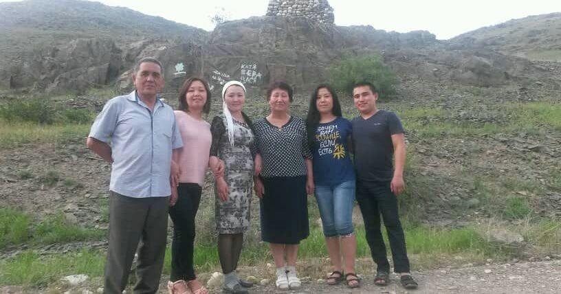 Кыргызстанский бильярдист, бронзовый призер чемпионата мира 2012 и 2019 годов Канат Сыдыков с семьей