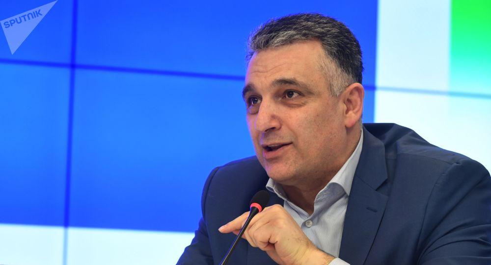 Член президиума Академии геополитических проблем Араик Степанян. Архивное фото