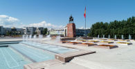Фонтаны на площади Ала-Тоо в центре Бишкека