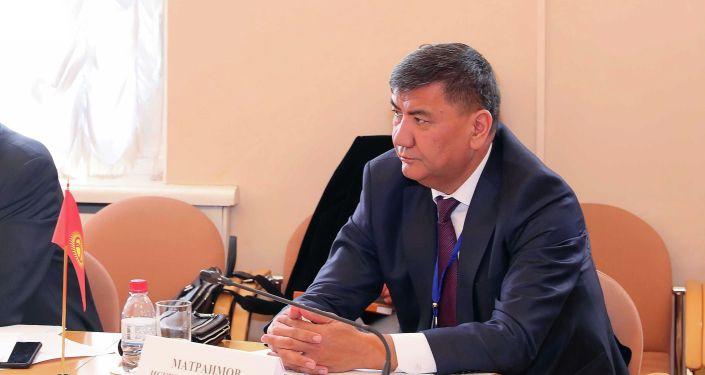 Депутат Искендер Матраимовдун архивдик сүрөтү