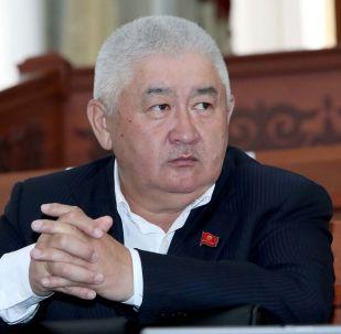 Жогорку Кеңештин депутаты Зарылбек Рысалиев. Архив