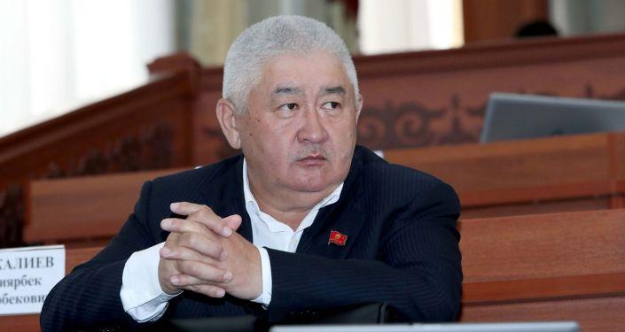 Депутат Жогорку Кенеша Зарылбек Рысалиев. Архивное фото
