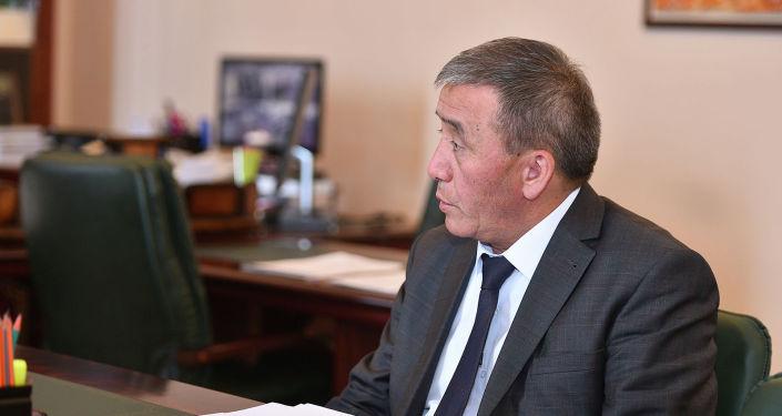 Айыл чарба, тамак-аш өнөр жайы жана мелиорация министри Эркинбек Чодуев
