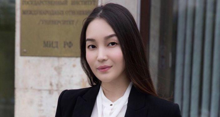 22 жаштагы Акылай Батырбекова Кыргызстандын жаштарынын атынан Бириккен Улуттар Уюмунун отурумуна катышат