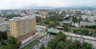 Вид на улицу Байтик-Баатыра с высоты в Бишкеке