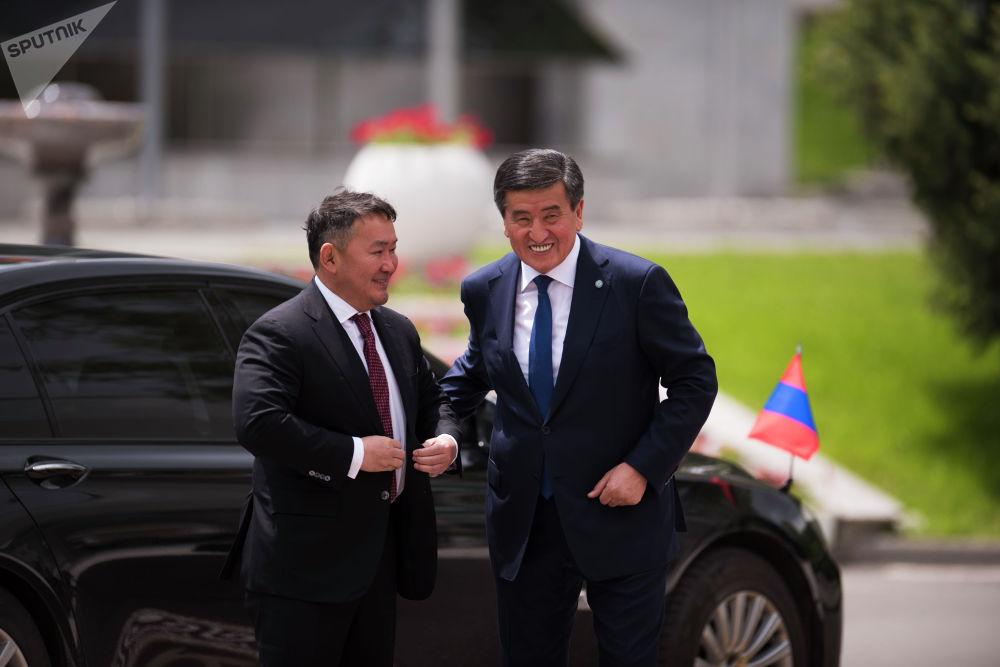 Президент Монголии Халтмаагийн Баттулга впервые прибыл в Кыргызстан
