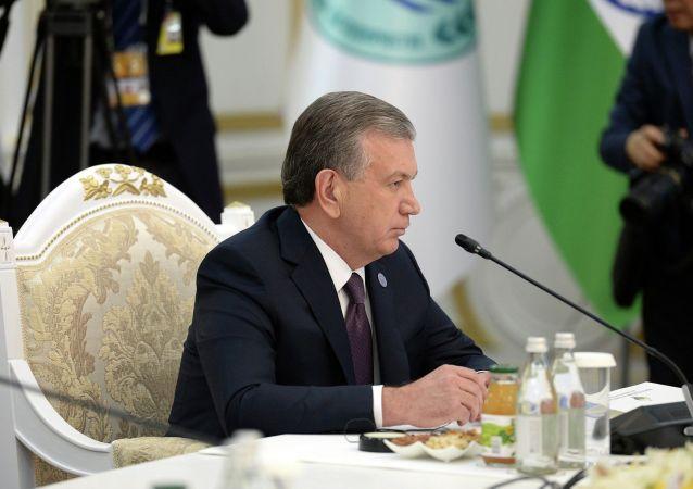 Президент Узбекистана Шавкат Мирзиёев принимает участие в заседании Совета глав государств - членов Шанхайской организации сотрудничества (ШОС) в расширенном составе в государственной резиденции Ала-Арча в Бишкеке. 14 июня 2019