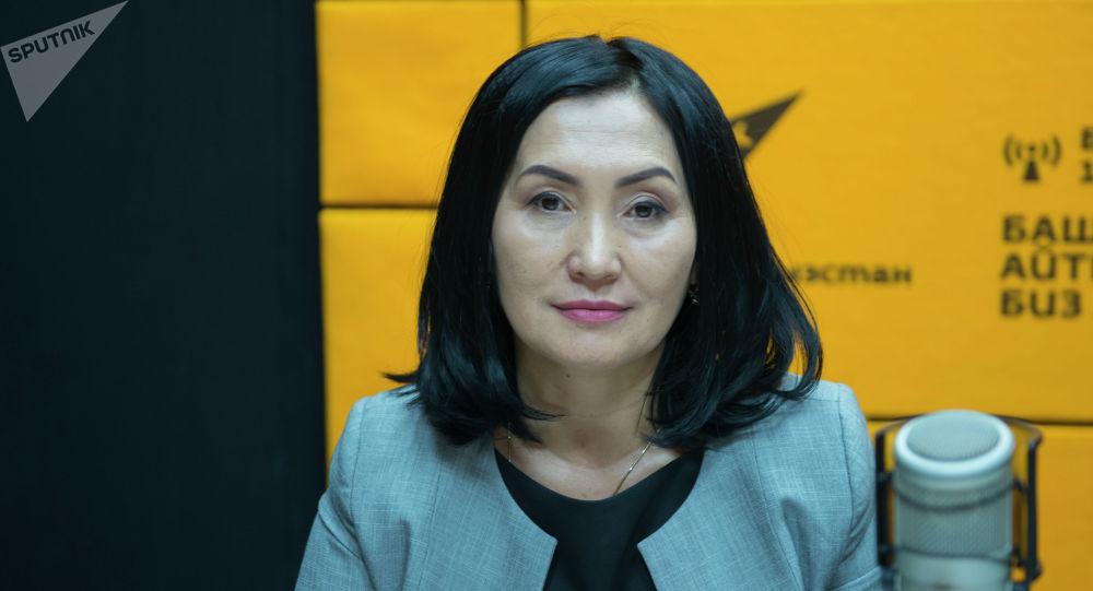 Республикалык кан борборунун жетекчисинин орун басары, медицина илимдеринин кандидаты Айганыш Сатыбалдиева