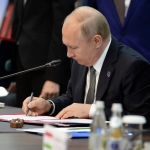По итогам саммита подписан 21 документ