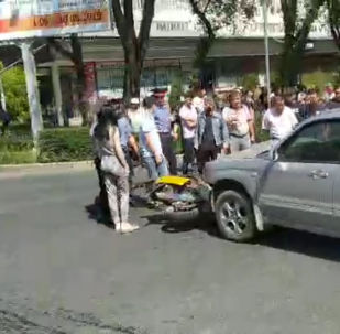 ДТП произошло на пересечении проспекта Айтматова и улицы Айни.