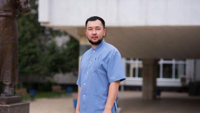 Анестезиолог-реаниматолог Омурбек Садыков